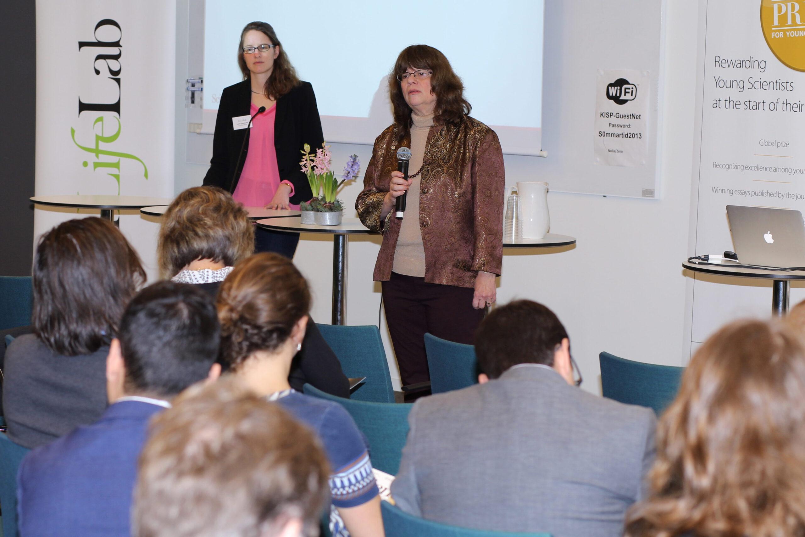 Barbara Jasny, Deputy Editor Emeritus at Science, and moderator Lucie Delemotte, SciLifeLab Fellow.